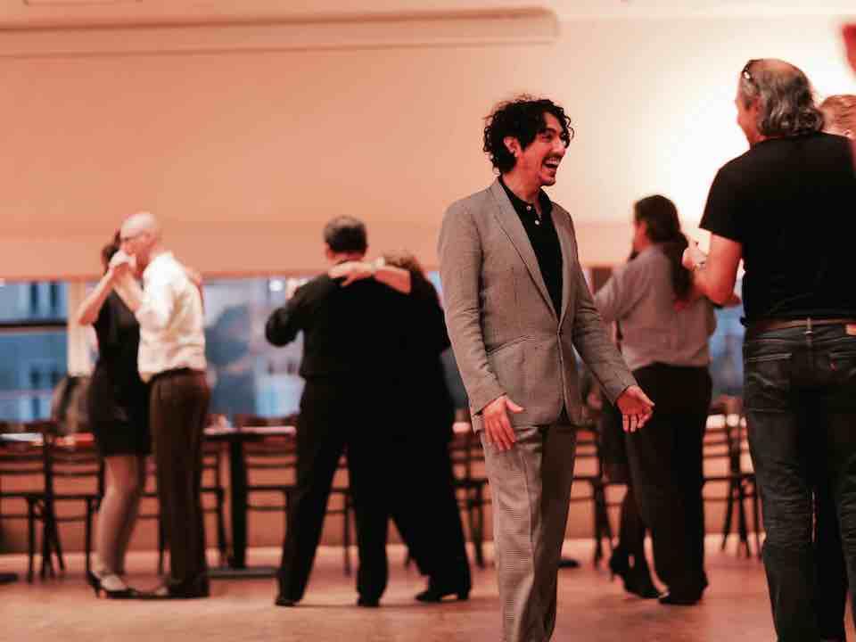 Tango Argentino Tanz Unterricht mit Lavinia und Chiche Nunez at Urquiza Tango Argentino in Berlin Prenzlauer Berg