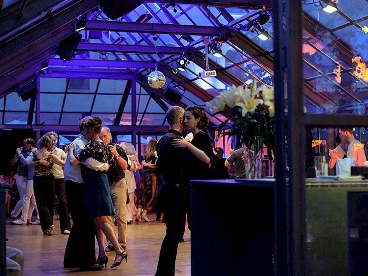Glaspalast, Veranstaltungsort für Urquiza Tango Argentino Milongas und Practicas in Berlin Prenzlauer Berg