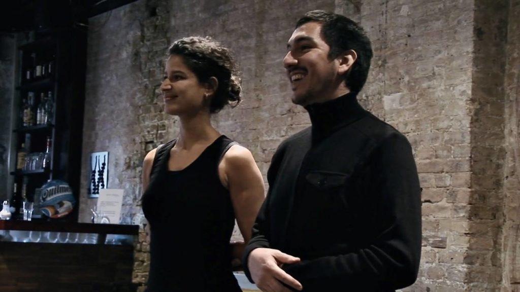 Con el Tango eine Urquiza Dokumentarfilm Scene mit Ester Duarte und Chiche Núñez in eine Probe in Salón Urquiza, Berlin