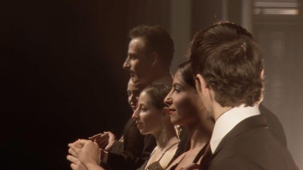 Con el Tango eine Urquiza Dokumentarfilm Scene mit Chiche Núñez und die Bezatsung von Maria de Buenos Aires Show in Israel