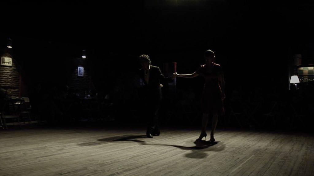 Con el Tango eine Urquiza Dokumentarfilm Scene mit Chiche Núñez und Ester Duarte en el Teatro Buenos Ayres Club in Buenos Aires
