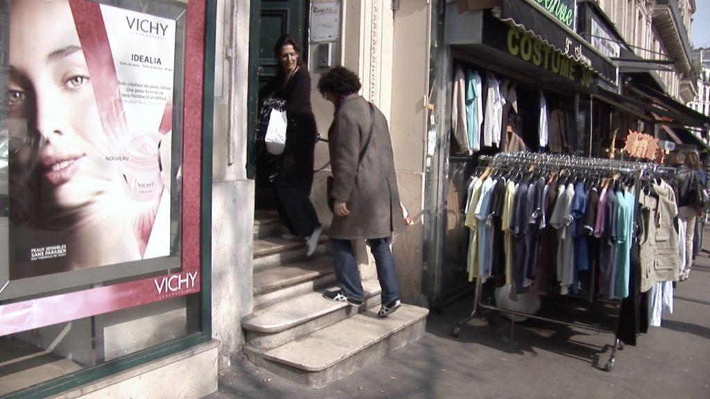 Con el Tango eine Urquiza Dokumentarfilm Scene mit Chiche Núñez und Victoria Vieyra in Paris